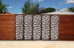 Screen Fencing in Perth Timber Privacy Screens