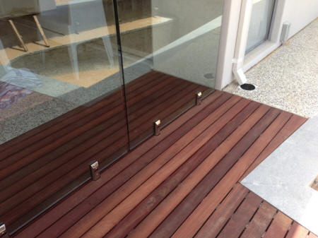 Pool and decking glass fencing for Garden decking glass panels