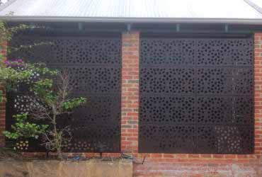 Screen panels house or garden outdoor screening for Garden feature screens
